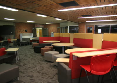 Indiana - IASHS ~ High School - Interior Knowledge Commons 1